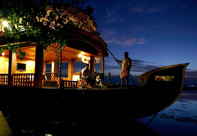 4 night kerala houseboat packages
